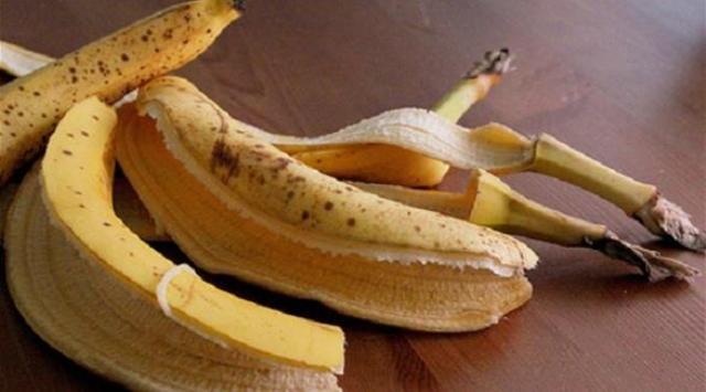 7 استخدامات مدهشة لقشور الموز في المنزل