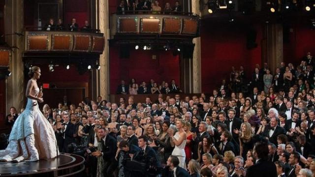 إنذار كاذب بقنبلة قرب مسرح حفل جوائز الأوسكار