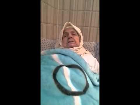 عجوز مغربية تنسى كل شيء ولا تتذكر إلا القرآن