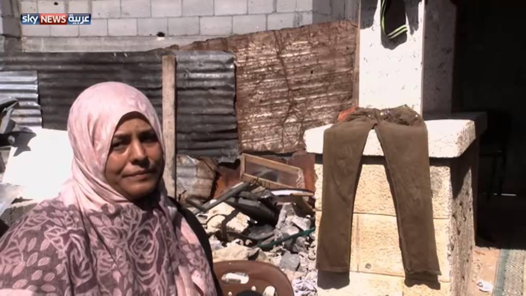 فلسطينيون يسكنون المقابر في غزة