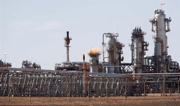 فنزويلا تقرر التوقف عن شراء النفط الجزائري (الخفيف)