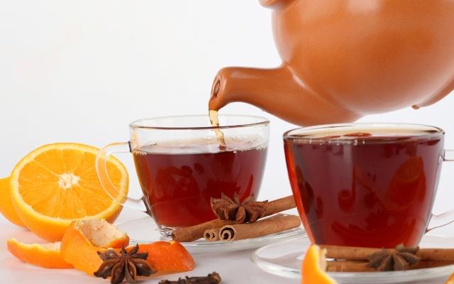 4 مشروبات ساخنة تمنحك الدفء وتذيب دهون الجسم