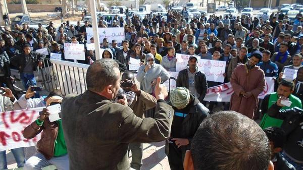 مسيرة مليونية بولاية ورقلة الجزائرية  مناهضة لاستغلال الغاز الصخري