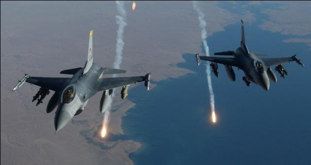 طائرات الإمارات تواصل قصف مواقع