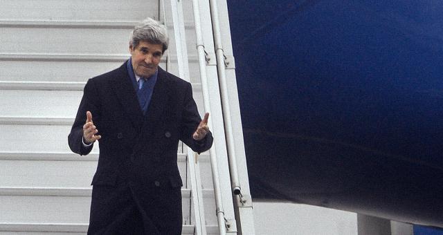 كيري بأوكرانيا لإظهار دعم واشنطن