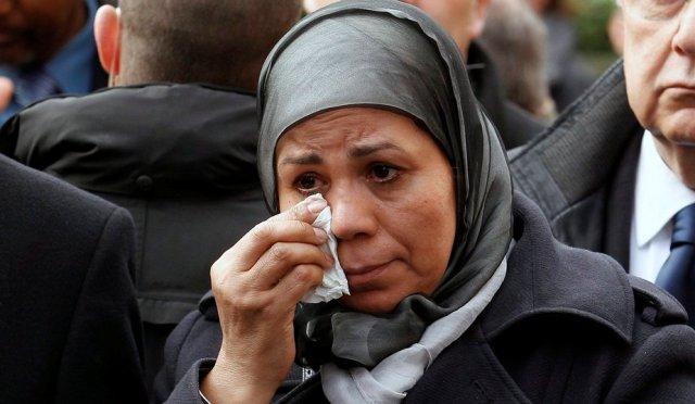 مواطنة فرنسية مغربية تعبر عن امتنانها للملك محمد السادس لدعمه لها بعد مقتل ابنها