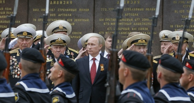 بوتين يستبعد حربا بين روسيا وأوكرانيا