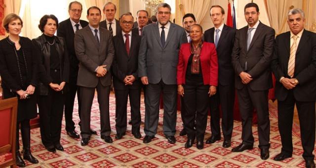 بنكيران يهنئ وزيره في العدل على توفقه في المهمة التي اسفرت عن استئناف التعاون القضائي مع فرنسا