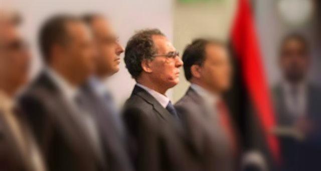 عبد الله الثني يتراجع عن قرار تنحية وزير داخليته