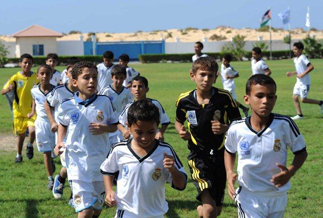 ريال مدريد يستعد لفتح أكاديمية في الجزائر