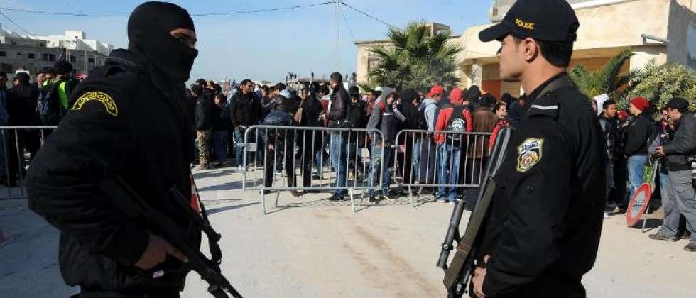 مقتل 4 من الأمن التونسي على يد