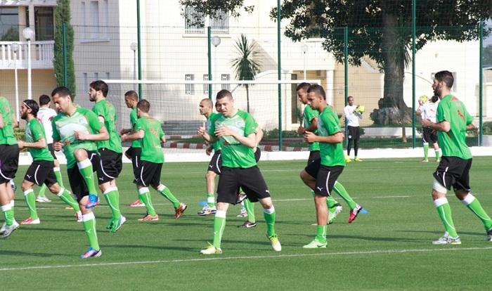 غوركوف يستدعي لاعبين جدد للمنتخب الجزائري