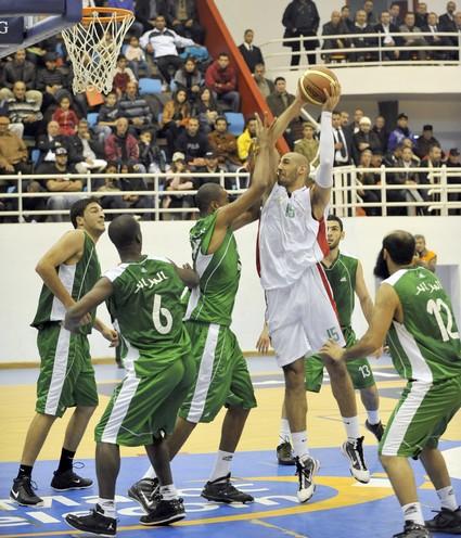 فوز مثير للمغرب على الجزائر في كرة السلة