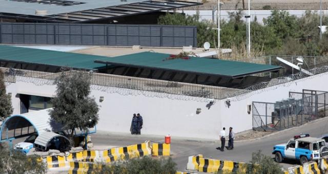 دول غربية تسحب سفاراتها من اليمن