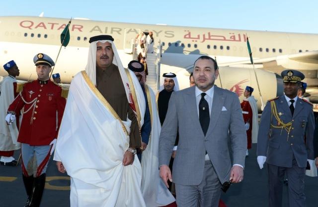 أمير قطر ينوه بالإصلاحات التي أطلقها العاهل المغربي في مختلف المجالات