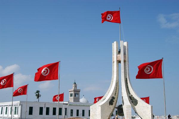 أحزاب تونسية: على الحكومة مصارحة الشعب حول حقيقة الأوضاع الأمنية بالبلاد