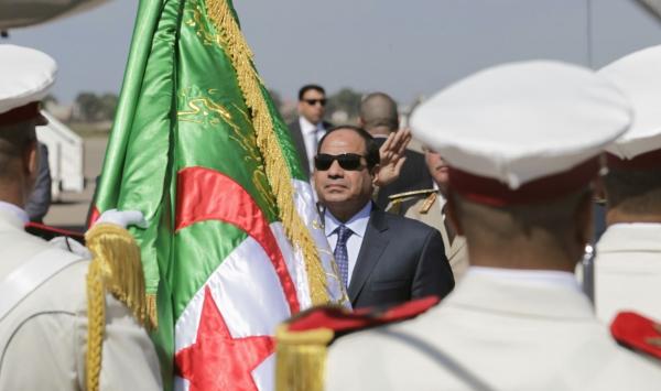 صحف جزائرية تعتبر  دعوة مصر للتدخل الدولي في ليبيا غدرا بالجزائر