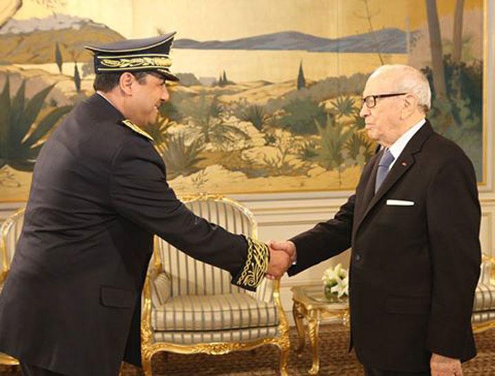 رئيس الجمهورية يناقش التطورات الحاصلة في ليبيا مع وزير الخارجية