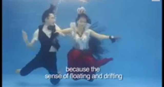 بالفيديو.. عرس تحت الماء في الصين