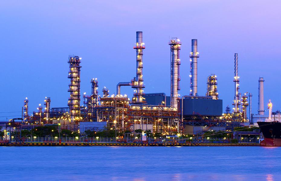 تقرير للوكالة الدولية للطاقة يتوقع استحالة تعافي سعر النفط خلال 5سنوات قادمة
