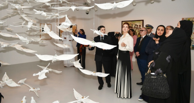 الأميرة للا سلمى تزور متحف الفن الحديث بالدوحة