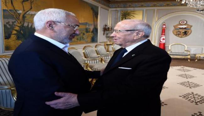 المصادقة على حكومة الحبيب الصيد.. تأكيد الاستثناء التونسي بتعايش الإسلاميين والعلمانيين