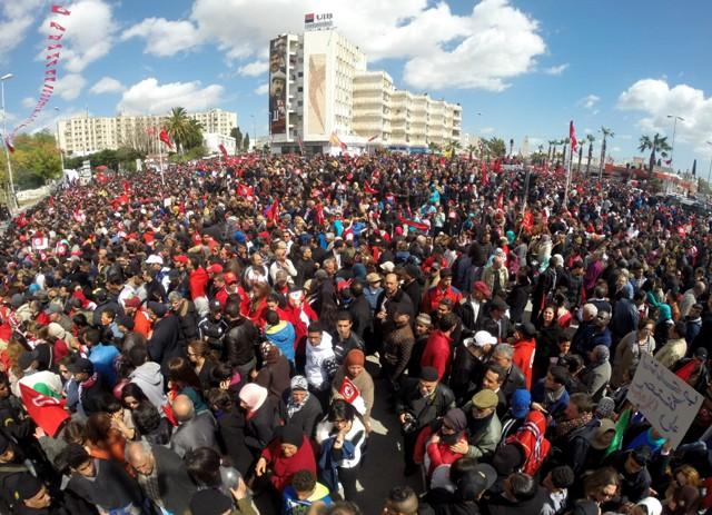 قادة سياسيون يؤكدون لتونس تضامن المغرب معها في مواجهة الإرهاب ودعم مسارها الديمقراطي