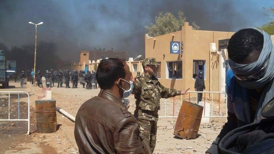 الجيش الجزائري يدعو المحتجين إلى فك الاعتصام سلميا في عين صالح