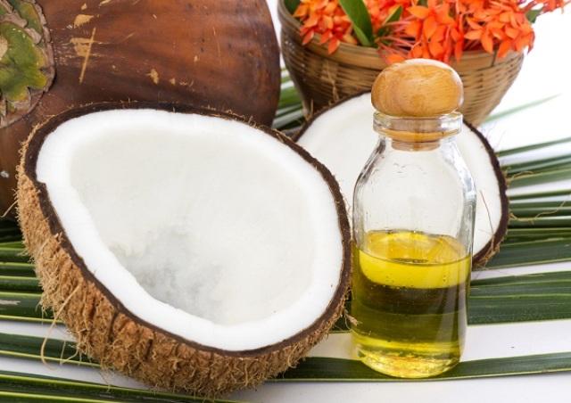 10 استخدامات مدهشة لزيت جوز الهند