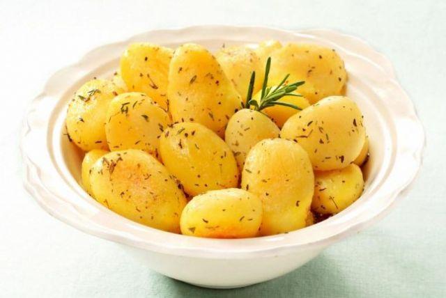 5 أسباب صحية للإكثار من تناول البطاطس