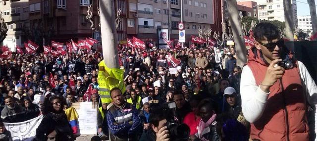 بالأرقام..المغاربة أكبر جالية مقيمة بشكل قانوني في إسبانيا
