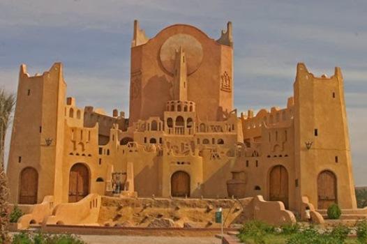 الشروع في دراسة مخطط حماية وترميم القصر العتيق بالمنيعة