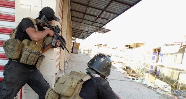 القوات العراقية تحرر مناطق واسعة من تكريت