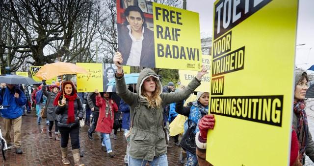 عائلة المدون السعودي رئيف بدوي تخشى من إعدامه