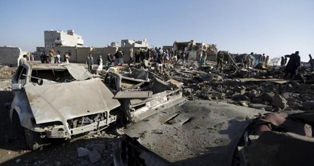 غارات جوية ضد مواقع الحوثيين في تعز والحديدة