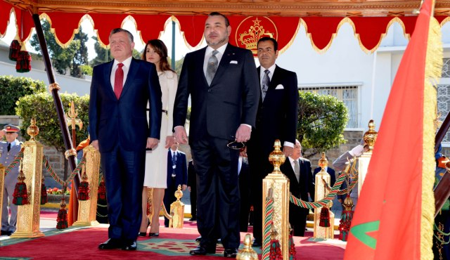 العاهل المغربي  وملك الأردن يشددان على أهمية تعزيز وحدة الصف العربي للتصدي لآفة الإرهاب