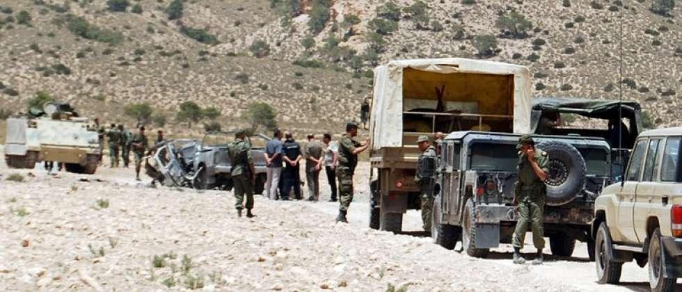 الجزائر.. الجيش يحاصر مجموعة مسلحة على الحدود مع تونس