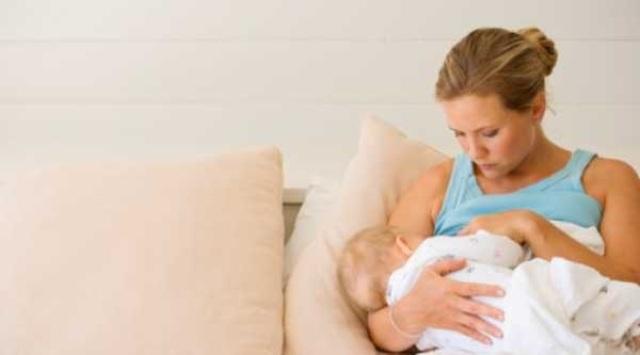 حليب الأمهات المرضعات يدخل مجال العناية بالبشرة