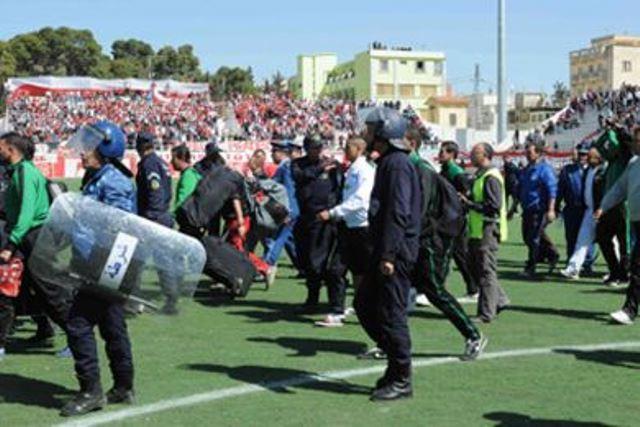 الشغب في ملاعب الجزائر يتسبب في إصابة 673 شخص