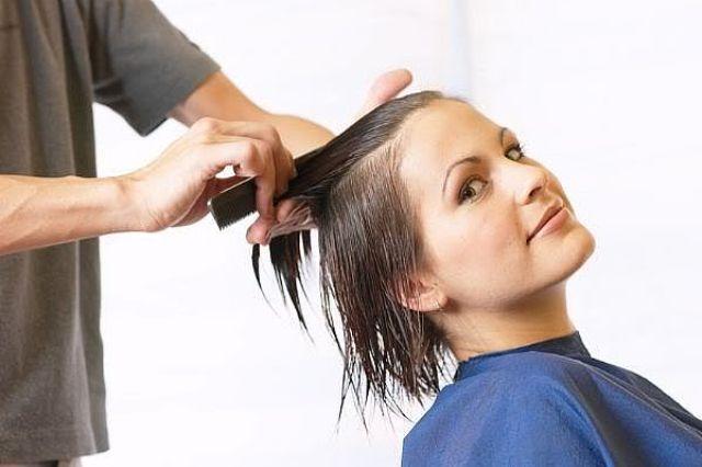 علامات تخبرك بموعد تغيير قصة شعرك