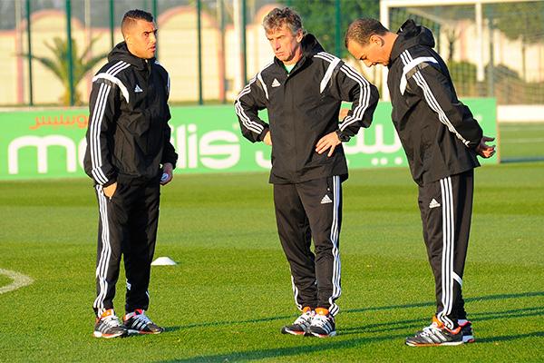 غوركوف يختبر اللاعبين المحليين قبل تربص