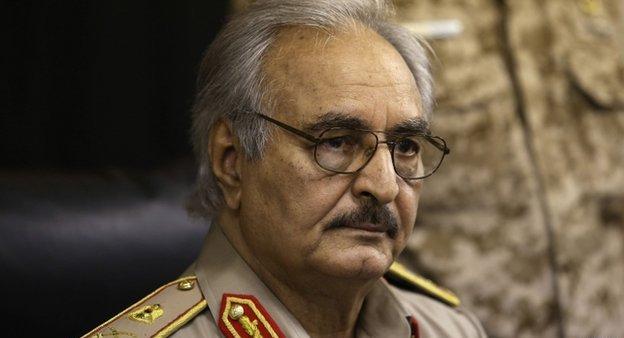 هل ينسف حفتر الجهود من أجل التوصل لحل سياسي في ليبيا؟