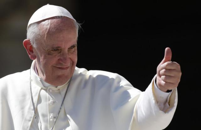 العاهل المغربي: حريصون على مواصلة العمل مع قداسة البابا فرنسيس لتعزيز العلاقات