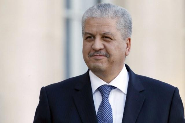 رؤساء الأندية يراسلون الوزير الأول الجزائري لأمر هام