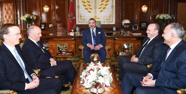 مباحثات العاهل المغربي ووزير خارجية فرنسا تتناول الأفاق المستقبلية القوية والهادئة للعلاقة الثنائية