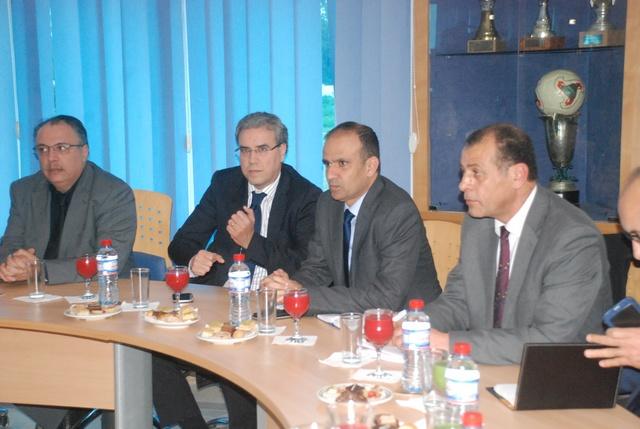 رؤساء الأندية التونسية يجتمعون بالجامعة للخروج من الأزمة