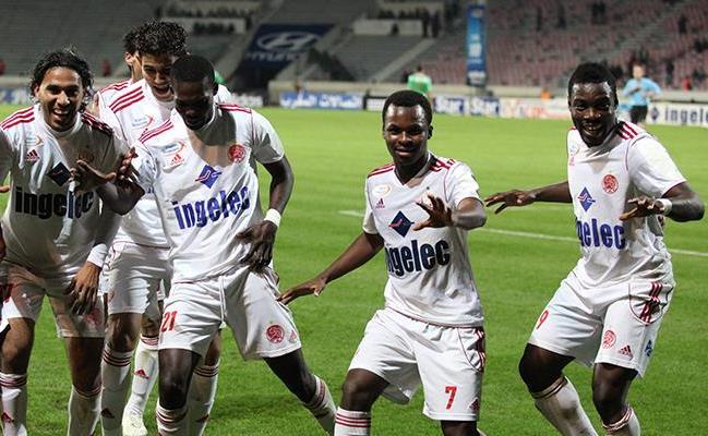 الوداد البيضاوي يحلق في صدارة البطولة الاحترافية