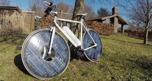 بالفيديو.. دراجة ذكية تعمل بالطاقة الشمسية