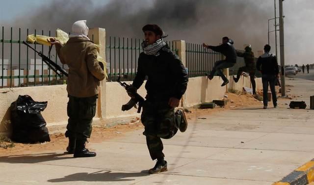 مقتل شخصين في بنغازي جراء سقوط قذائف عشوائية