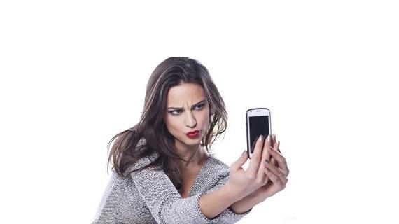دراسة: 41% من النساء غير راضيات عن صورهن الـ